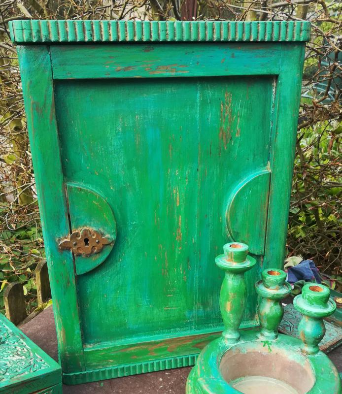 Antiek houtenkastje  zeegroen oudlook